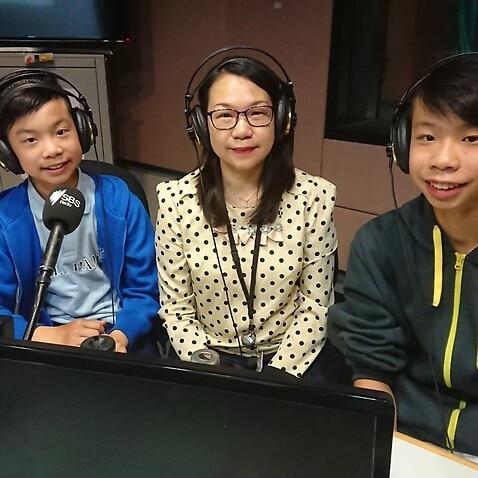Kirkland (left), Becky and Christopher Tong @ SBS Cantonese program