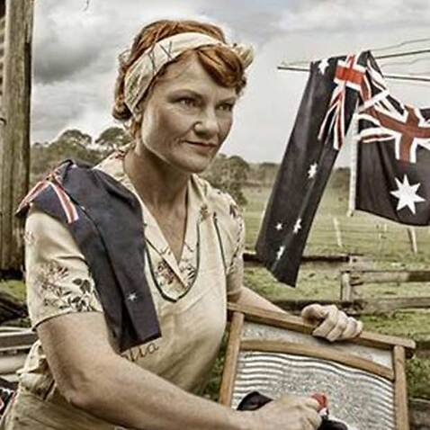 Pauline Hanson used the image on the left in a tweet about Australia Day.